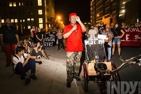 160909_ab_indy_jailprotest_0282.jpe