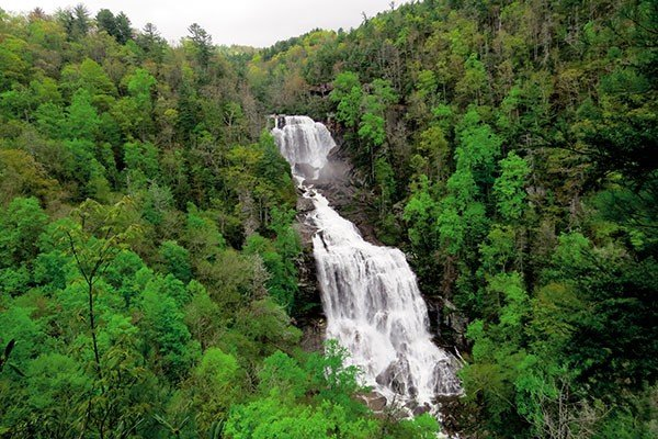 0824outdoors_waterfalls_upperwhitewaterfalls.jpe