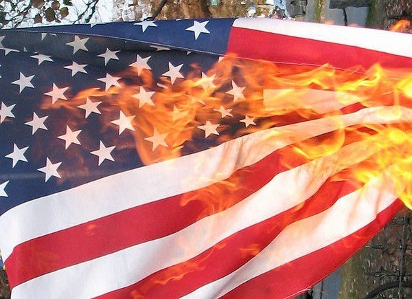 us_flag_burning.jpe