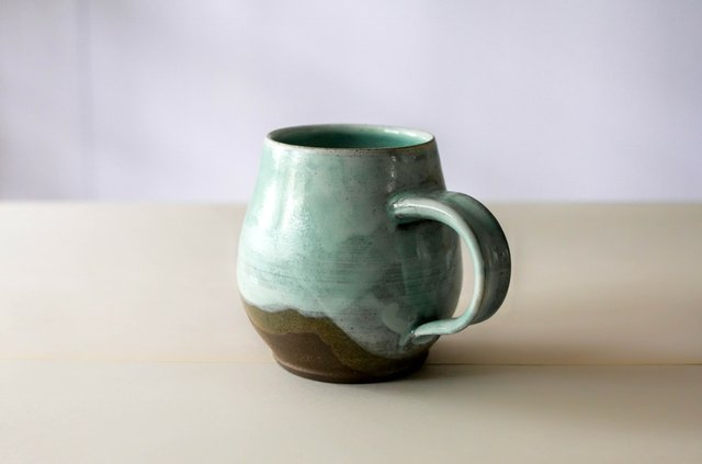the_makers_mercantile_liz_kelly_pottery.jpe