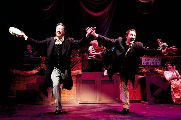 18_stage_the-mystery-of-edwin-drood_photo-curtis-brown-photography.jpe