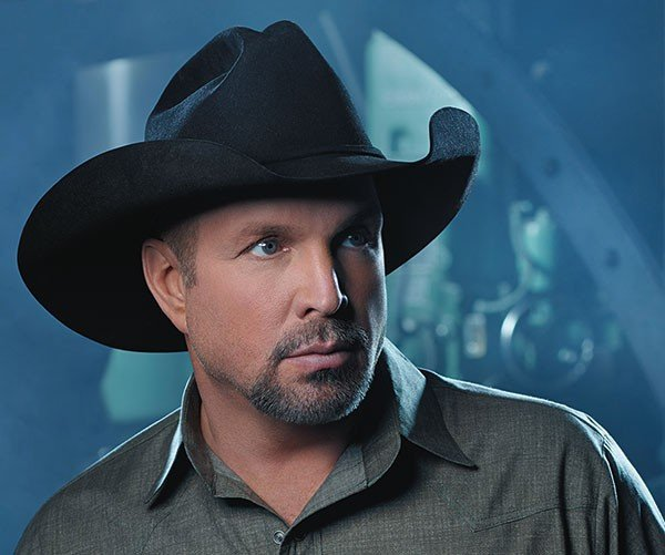 09musfeat_garthbrooks_photocourtesynancyseltzer.jpe