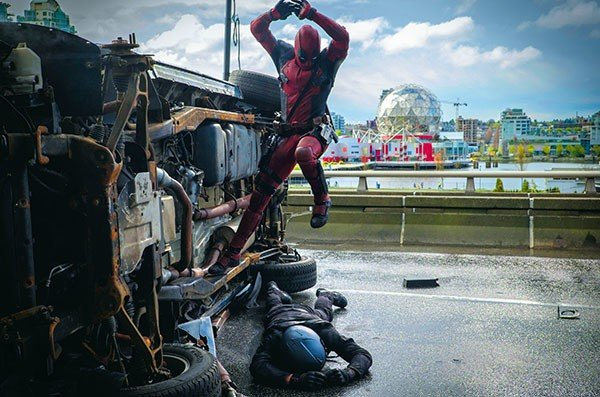 10_screen_deadpool.jpe