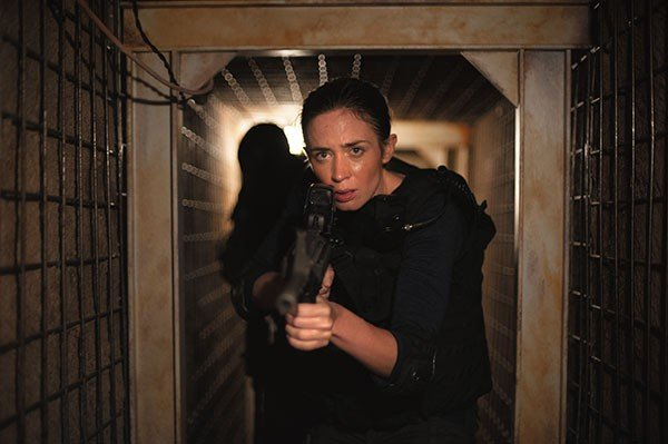 30_film-review_emily-blunt-in-sicario_photo-by-richard-foreman-jr.jpe