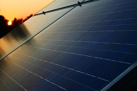 solar-panel-sunset-thumb-468x311-44939.jpe