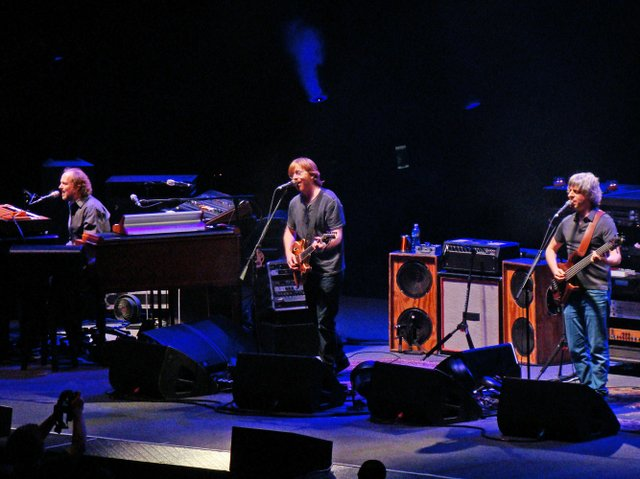 Cops find drugs at Raleigh Phish show, very proud of selves