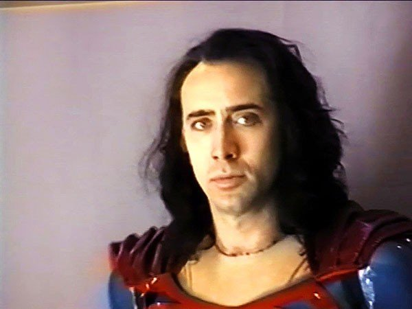 8_comics-issue_death-of-superman_nic-cage-as-superman.jpe