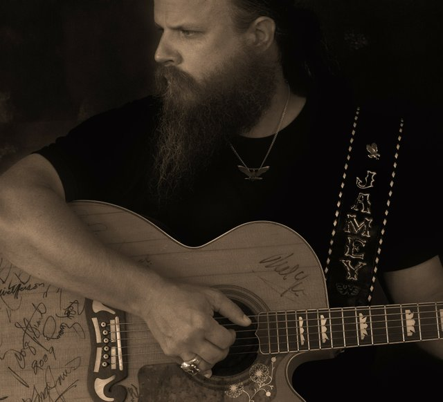 jamey_johnson_photo.jpe