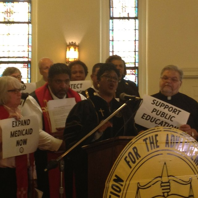 clergy_press_conference_moral_monday.jpe