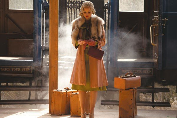 25_film-review_serena_photo-courtesy-of-magnolia-pictures.jpe