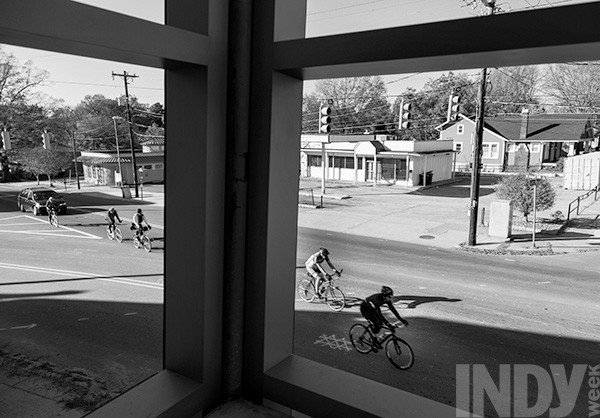 bicyclists_from_garagebw.jpe