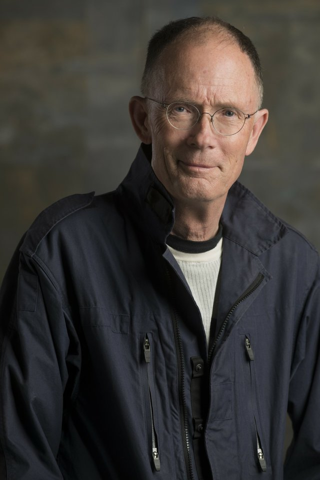 william_gibson_author_photo_high_res_-_credit_michael_o_shea.jpe