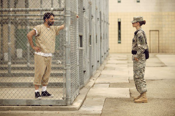 05_film-review_camp-x-ray_payman-maadi-and-kristen-stewart_photo-courtesy-bet.jpe