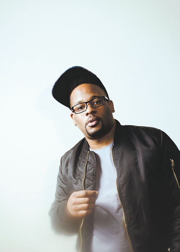 03hop3_suarezpiece_mike_eagle_photo_by_andy_j_scott-2.jpe