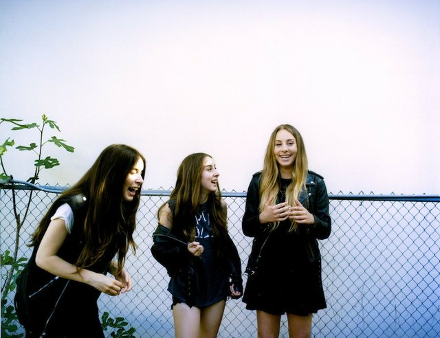 haim_livereview.jpe
