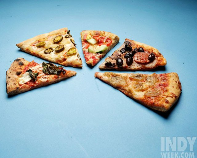 20120924_050_ccover_pizza_dla.jpe