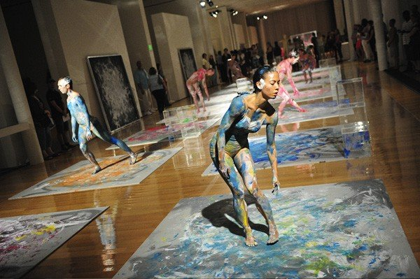 Undivided Divided, as performed by Shen Wei Dance Arts at North Carolina Museum of Art