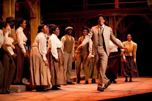 theater-ragtime-photo-by-les-todd.jpe