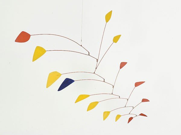 calder-blue-among-yellow-and-red.jpe