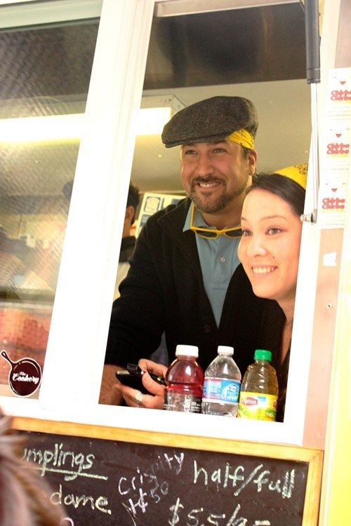 Joey Fatone takes orders with Chirba Chirba co-owner Chela Tu.