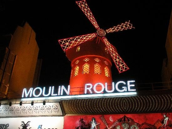 1303301885-moulin-rouge-paris-france.jpe