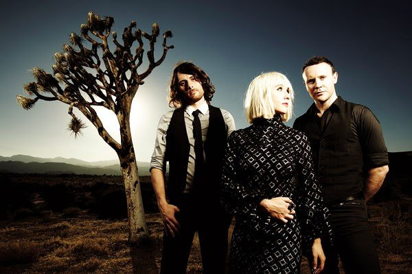 23musfeat2_joyformidable.jpe