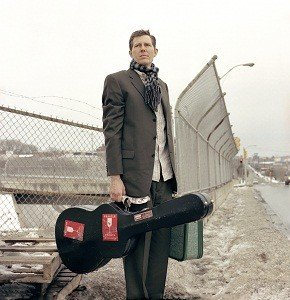 robbiefulks-roadside.jpe