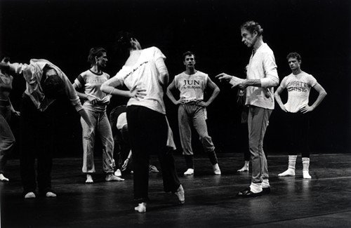 1277747327-1982_merce_cunningham_and_co-jay_anderson.jpe