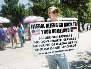 news_immigrant_ralley_02_dl.jpe