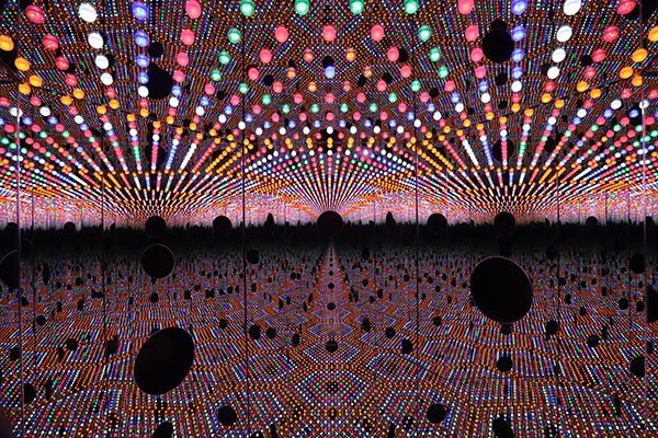 11_art-you-are-here-kusama.jpe