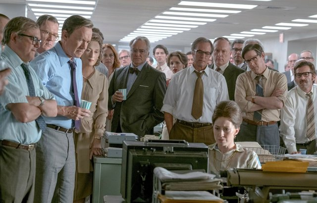10_screen_the_post_photo_by_niko_tavernise_courtesy_of_20th_century_fox.jpe