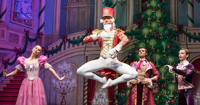12.5-wwb-5-nutcracker-doll-leaping.original.jpg