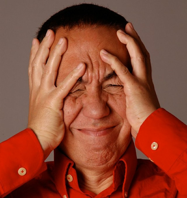 2.6_Stage_Gilbert-Gottfried-2_photo-by-Arlene-Gottfried2.jpg