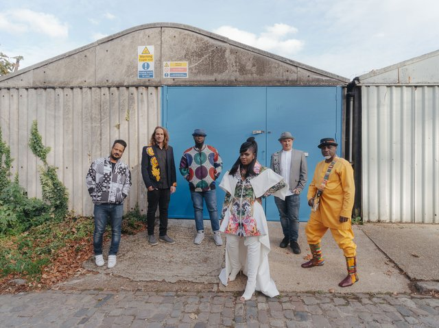 ibibio-sound-machine-doko-mien-mrg30-merge.jpg