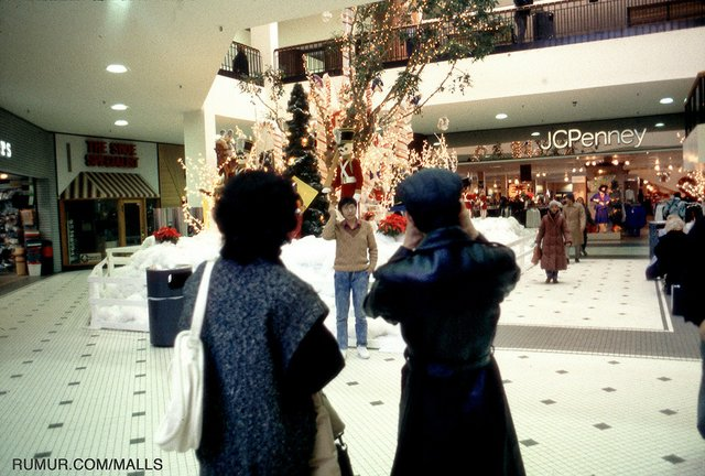 local-photographer-michael-galinsky-decline-of-mall-civilization-christmas-JC-Penney.jpg