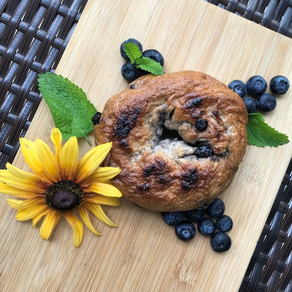 moore-square-farmers-market-Bold-Bagles-Blueberry.jpg