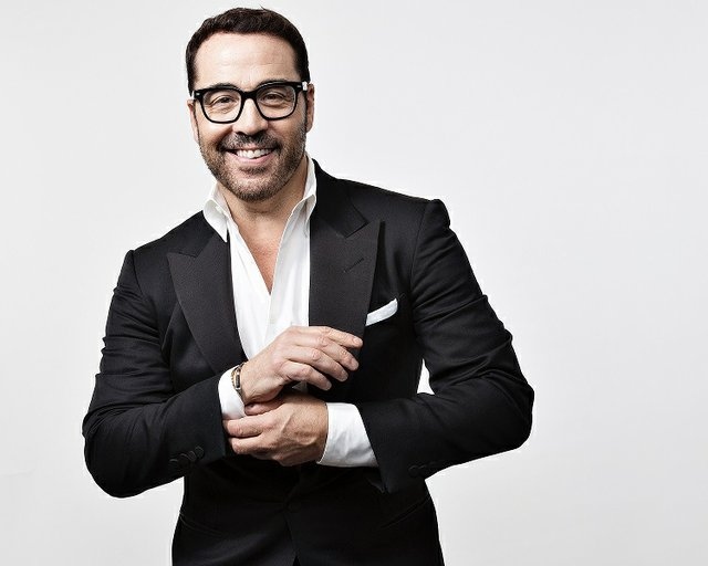 Jeremy Piven Pic - USE Aug. 2019-2.jpg