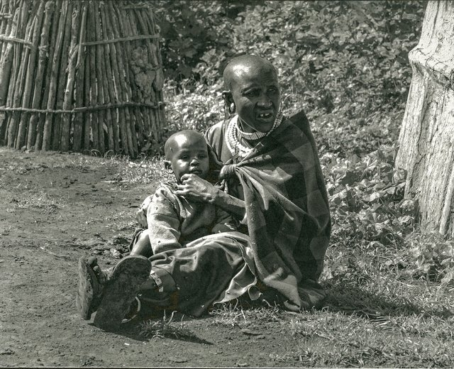 Maasai Mother & Child_2018.jpg