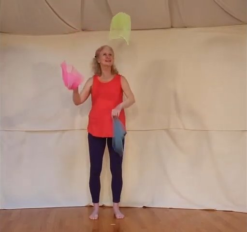 Learn to Juggle Scarves! 0-17 screenshot.png