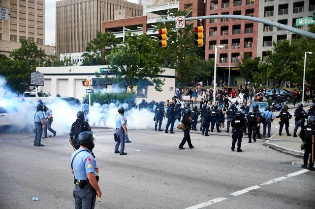 20200530_JW_INDY_DowntownRaleighProtest-IMG_3883.jpg