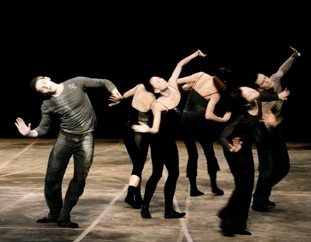 7_stage_adf_oral_history_shen_wei_dance_arts_in_2002_photo.jpe